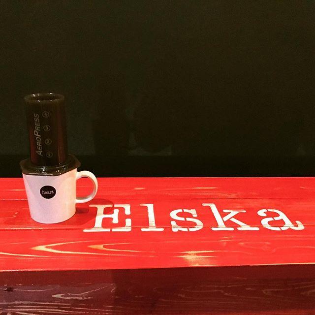 Hello!いつものpouroverをちょっと変えて、aeropressでもお淹れしてます!気になった方は是非!! #coffee #elskaheartcoffee #aeropress - from Instagram