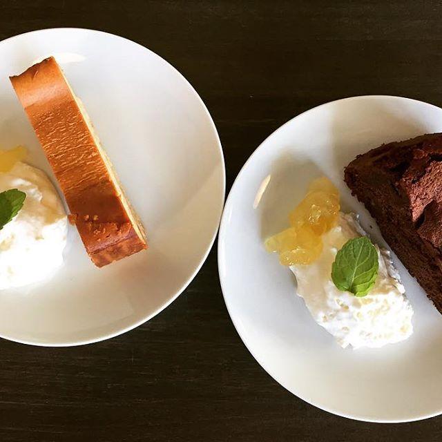 本日はcakeオススメです!#elskaheartcoffee #cake #coffee #caramelcheesecake #gatochocola - from Instagram