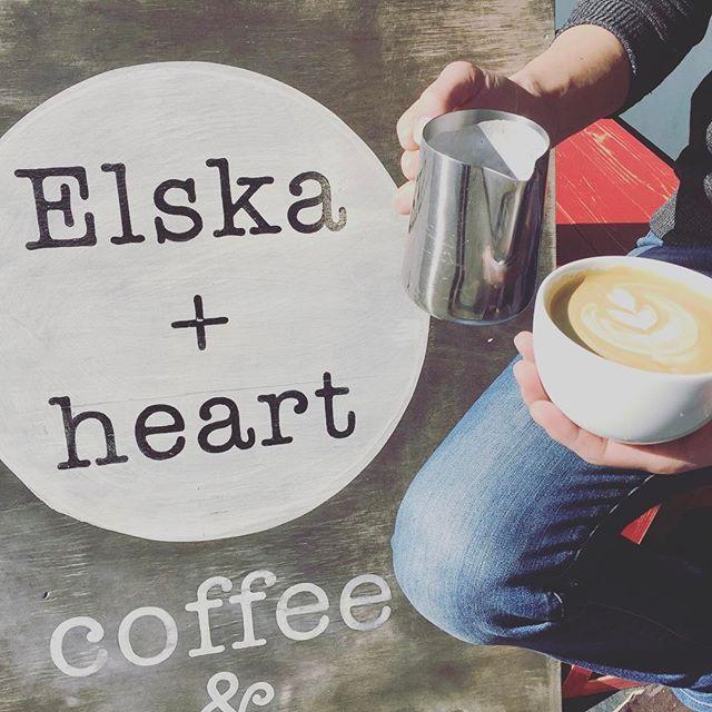 good morning!! 本日のおすすめは、#latte !!#espresso は#ethiopia です!ジャスミンやオレンジのような酸味でスッキリお飲みいただけます!ホッとしたい時、休憩にも#elskaheartcoffee をご利用下さい!! #coffee #heartcoffee #heartcoffeeroasters - from Instagram