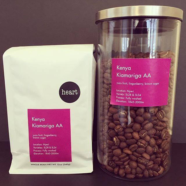 こんにちは今日は、昨日入荷したばかりの豆、Kenyaをご紹介致します!ケニアは心地よい酸味と、ベリー系の芳醇な香りをバランス良く併せ持つ個性な豆です。一度飲んだらやみつきになってしまう人も少なくありません。Elskaにご来店の際には是非お試し下さいね!#heartcoffeeroasters #specialitycoffee #espresso #pourover #elskaheartcoffee #coffee #kenya - from Instagram