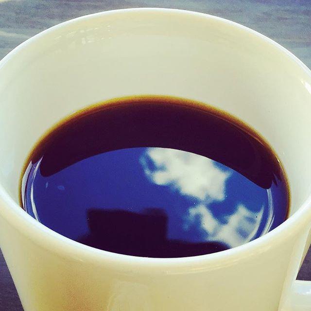 こんにちはElskaは、本日も営業しております!日常の中に、coffeeのある生活を♪#elskaheartcoffee #aeropress #specialitycoffee #pourover #bluesky #usually - from Instagram