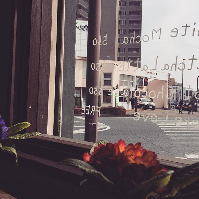Hello本日も、美味しいコーヒーをご用意して、お客様のご来店をお待ちしております!#elskaheartcoffee #pourover #specialitycoffee #espresso #aeropress - from Instagram