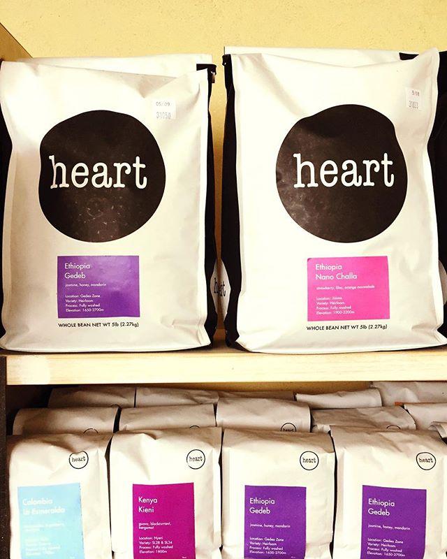 こんにちは新しい豆、入荷しました!#Ethiopia Gedeb#Ethiopia  Nano Challa#Kenya Kieni #Colombia La Esmeraldaとなっております♪個性の異なる4種類、まずはお試し下さい#elskaheartcoffee #handdrip #specialitycoffee #pourover #latte #宇都宮カフェ #栃木カフェ #espresso #スペシャルティコーヒー - from Instagram