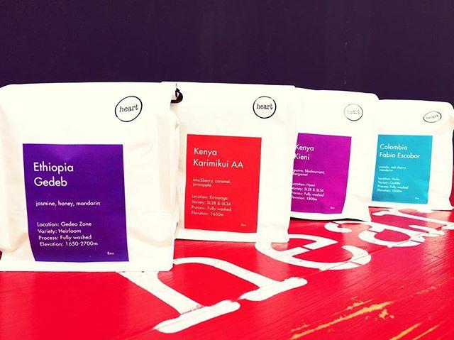 こんにちは😀お待たせ致しました!新しい豆の入荷です♪今回のラインナップは、Ethiopia-GedebKenya-KieniKenya-Karimikui AAColombia-Fabio Escobarとなっております。個性溢れる4種類の豆をご堪能ください#elskaheartcoffee #coffee #espresso #ethiopia #pourover #aeropress #specialitycoffee #kenya #colombia #coldbrew #handdrip #宇都宮カフェ #栃木カフェ #スペシャリティコーヒー #heartcoffee - from Instagram