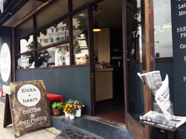 Hello 😀日曜日の午後、いかがお過ごしでしょうか。本日もElskaでお待ちしております♪#elskaheartcoffee #handdrip #coldbrew #heartcoffee #pourover #specialitycoffee #宇都宮カフェ #栃木カフェ #スペシャリティーコーヒー #カフェ巡り #カフェ - from Instagram