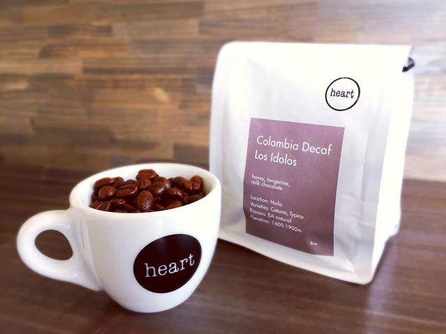 Hello 😀エルスカでは、カフェインが苦手、または摂取を控えたい妊娠中の方などにお薦めなデカフェをご用意しております♪カフェインは入っていませんが、良質のポリフェノールなどの成分はそのまま!美容や健康にも◎#handdrip #coffeelover #coffeeshop #coldbrew #coffeetime #pourover #specialtycoffee #elskaheartcoffee #宇都宮カフェ #栃木カフェ #aeropress #frenchpress #カフェ部 #heartcoffee #icedcoffee #ethiopia #kenya #guatemala #colombia #スペシャルティコーヒー - from Instagram
