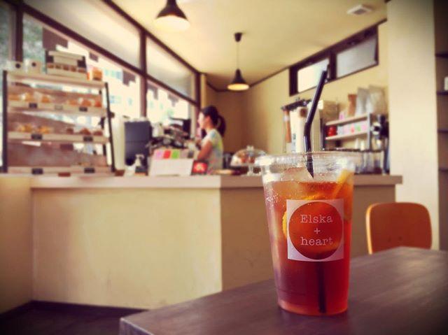 Hello 😀カフェインフリーのカスカラフィズは、小さなお子様からも大人気♪本日もお待ちしております#handdrip #coffeelover #coffeeshop #coldbrew #coffeetime #pourover #specialtycoffee #elskaheartcoffee #宇都宮カフェ #栃木カフェ #aeropress #frenchpress #カフェ部 #heartcoffee #icedcoffee #ethiopia #kenya #guatemala #colombia #スペシャルティコーヒー#カスカラ - from Instagram
